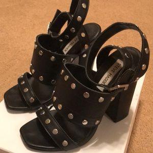 Steve Madden Jansen Black leather heels